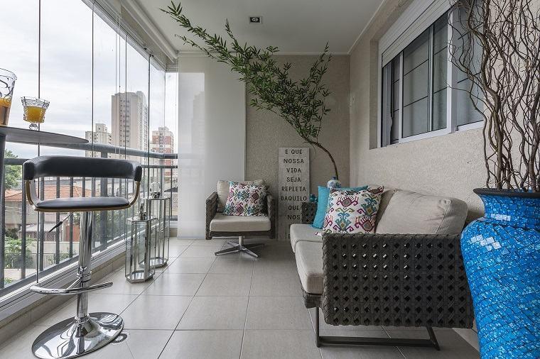 terraza moderna elementos azules