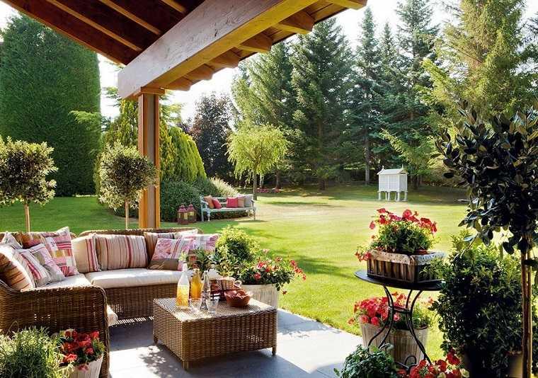 Decoracion de balcones y terrazas peque as 99 ideas for Terrazas pequenas minimalistas