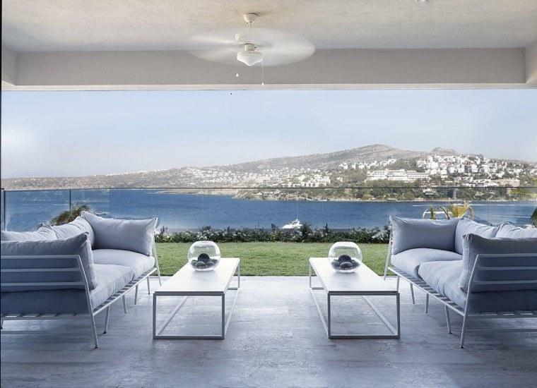 terraza vistas mar muebles modernos