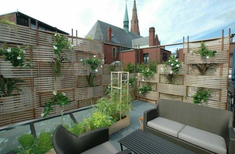 terrazas practicas detalles plantas lados grises flores