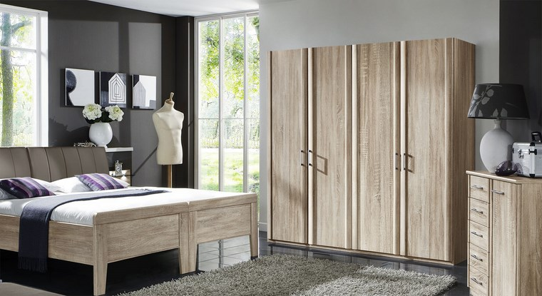 tipos-madera-armarios-dormitorio-color-claro-cama