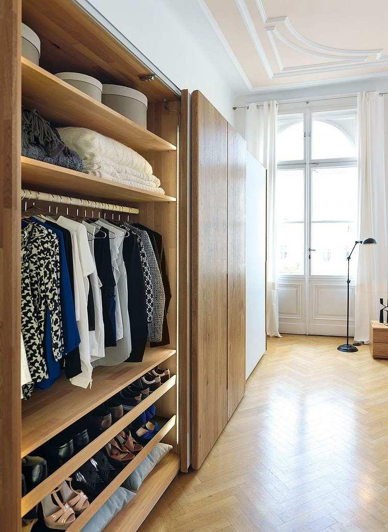 Tipos madera perfectos para muebles 66 armarios modernos for Cortinas para puertas de armarios