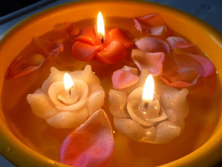 velas forma flores petalos rosa