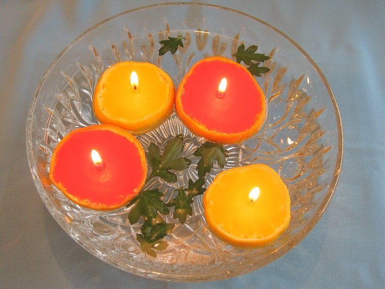 velas flotantes cáscaras fruta cñitrica