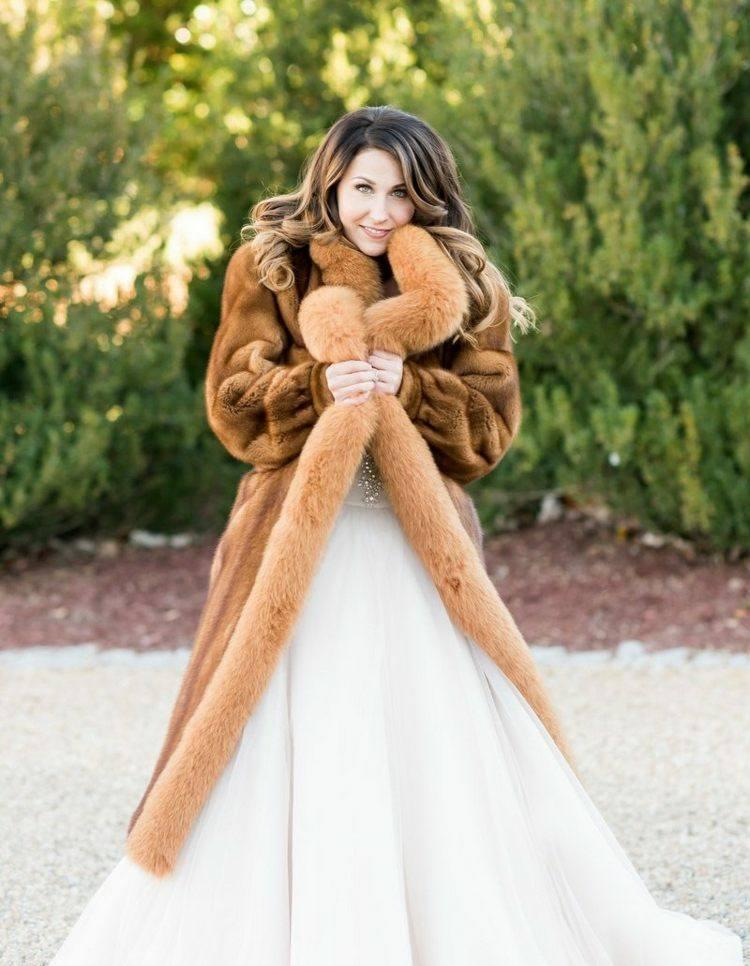 abrigo piel novia moderna marrón