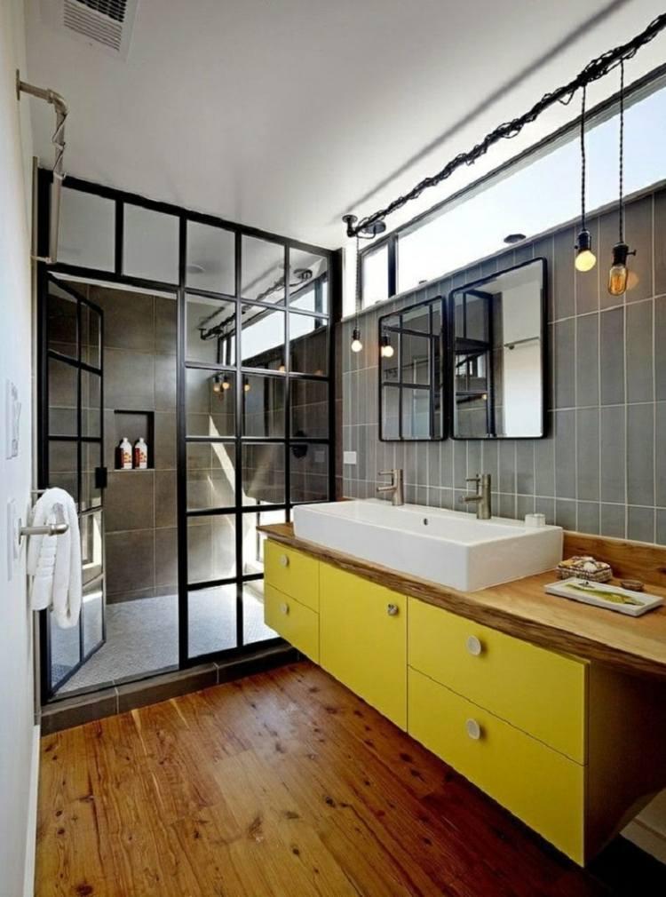 bano pequeno diseno industrial lavabo amarillo ideas