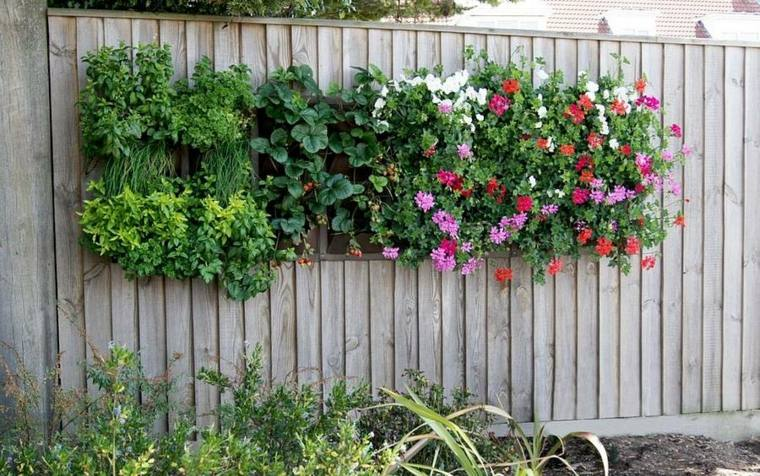 bonito diseo jardineras valla