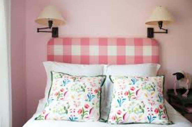 cabecero tapizado color rosa