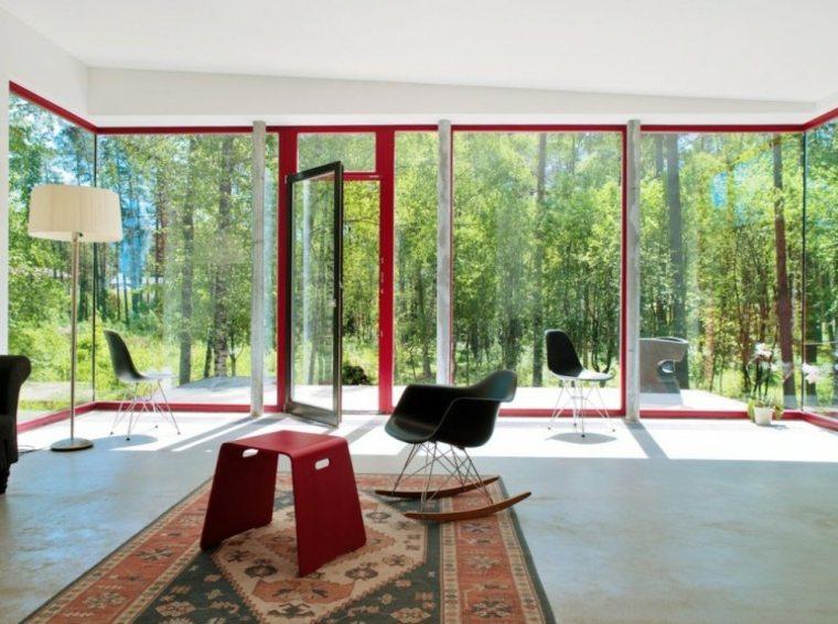 casa color rojo ventanas taburete ideas