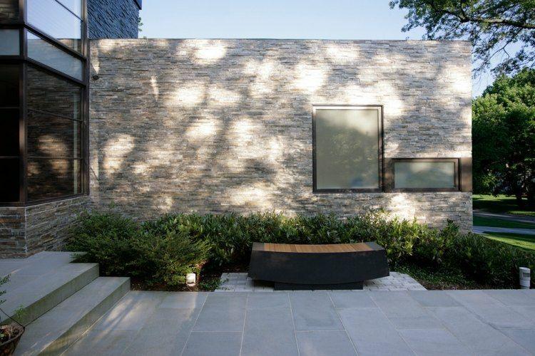 Minimalismo en el jard n 100 dise os paisaj sticos - Casas con fachadas de piedra ...
