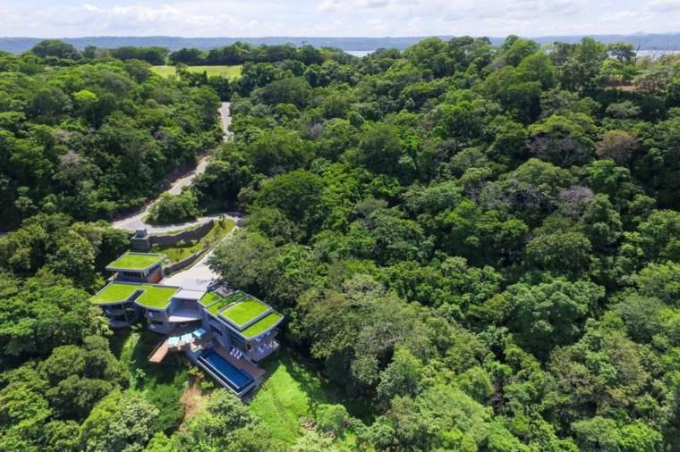 fotografía edificio lujoso verde