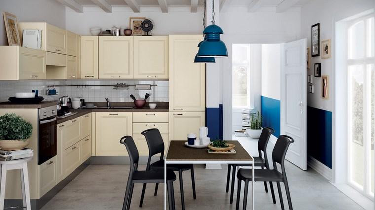 Cocina cuadrada con forma de u o l m s de 50 ideas para for Sillas cocina negras