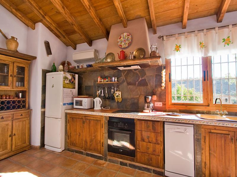 cocina rústica muebles madera natural
