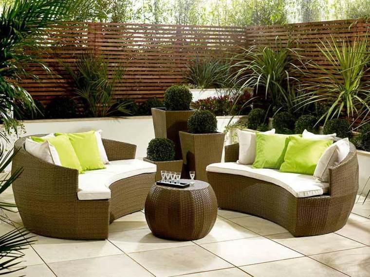 conjunto sofas redondos mimbre marrón