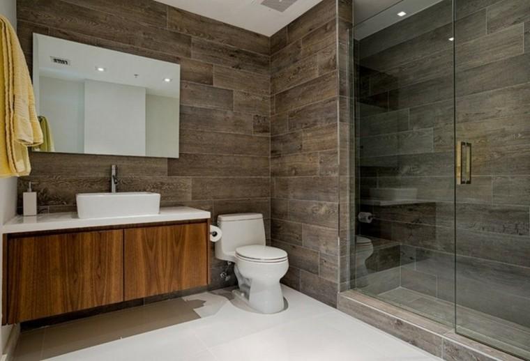 Baños minimalistas - la grandeza de lo más simple -