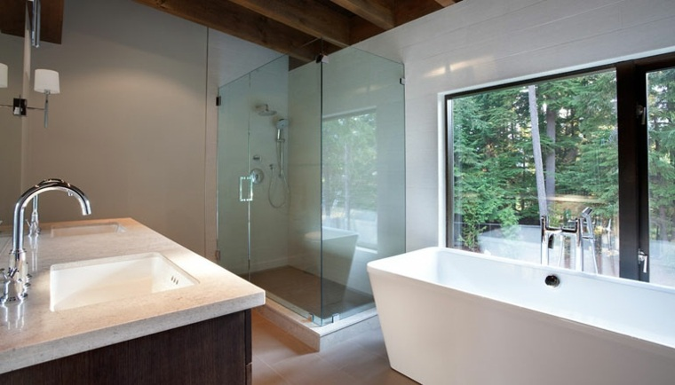 cuarto baño lujoso estilo moderno