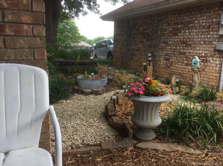 decoración jardines suelo piedras