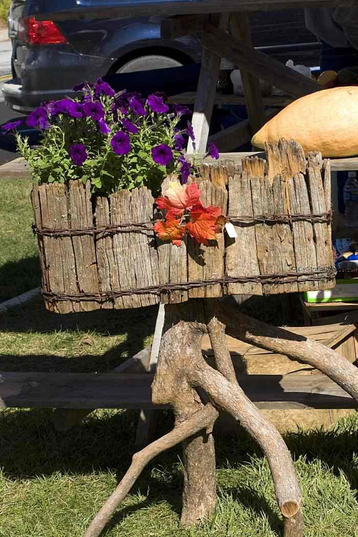 decoracion de jardines rusticos ramas maceteros