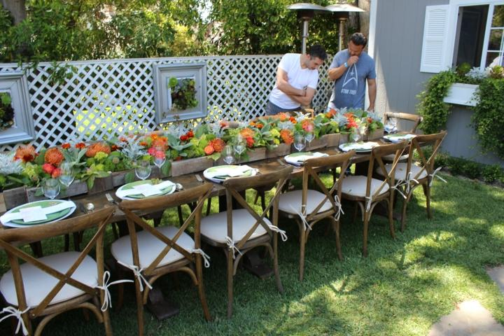 decoracion mesa jardin maceta barro sillones muebles