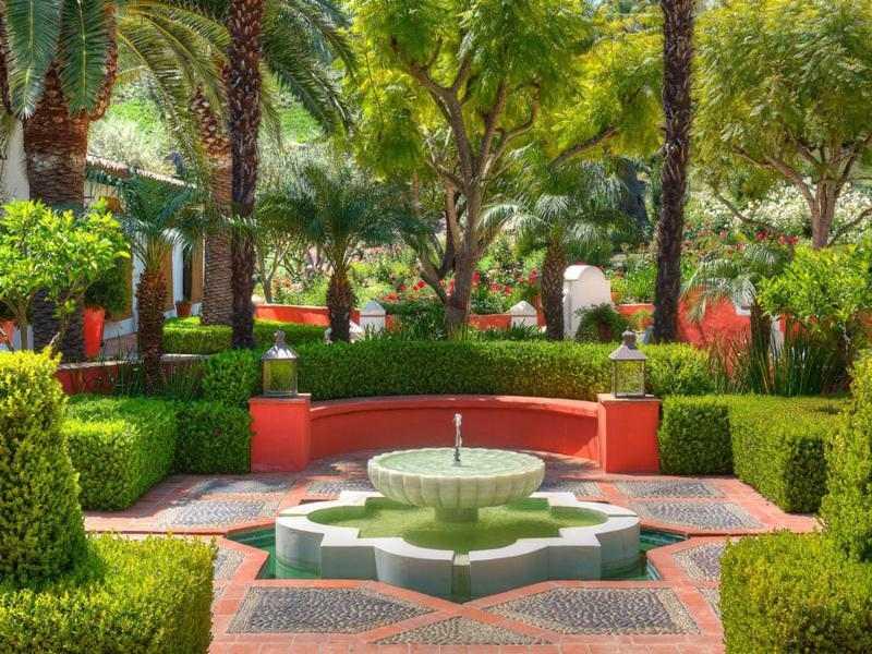 diseño jardín fuente decoracion andaluza
