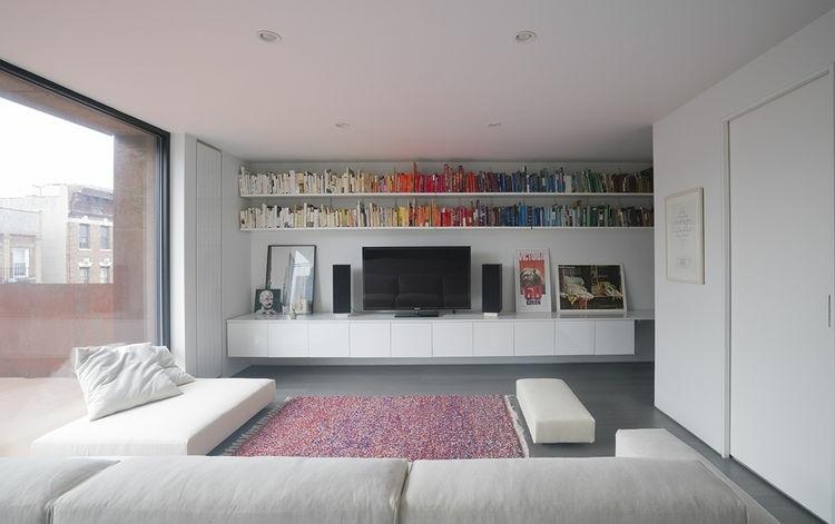 salón moderno estantes libros
