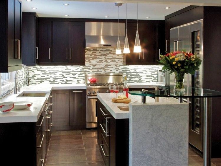 Dise os cocinas peque as modernas cincuenta modelos for Disenos para cocinas pequenas