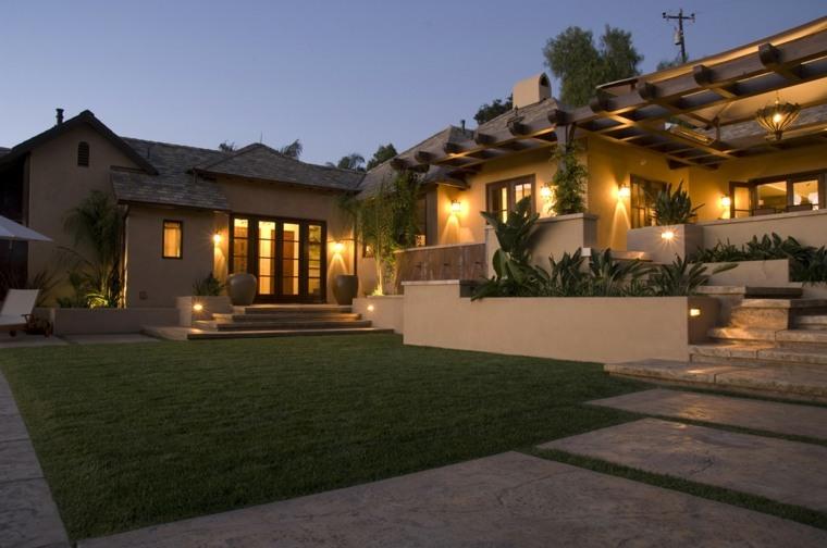 Dise o de jardines 100 ideas de terrazas en el jard n for Jardin entrada casa