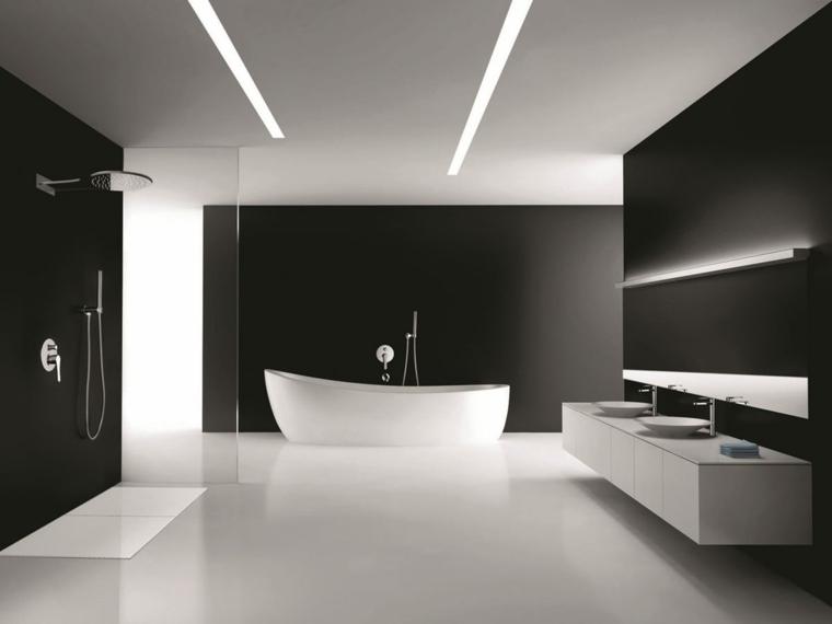 diseno-minimalista-interior-bano-paredes-negras-banera-blanca