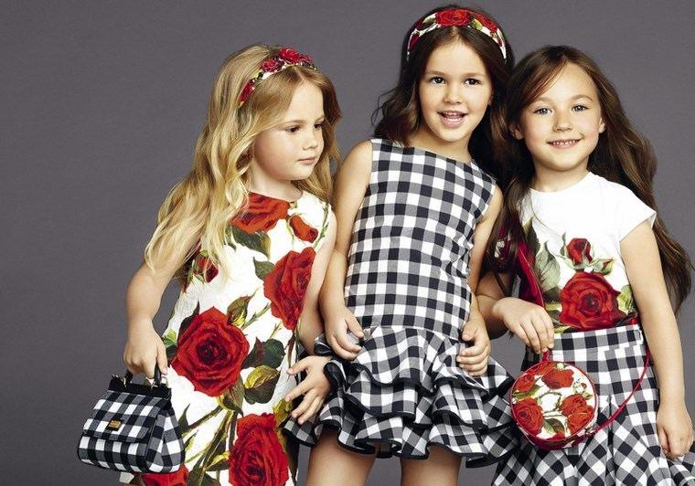 dolce and gabbana moda verano chicas cuadrados ideas