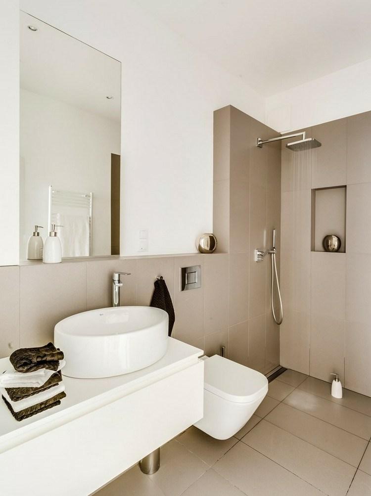 Baño Muy Pequeno Ducha ~ Dikidu.com