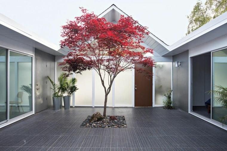 escapadas con encanto opciones jardin pequeno mansion moderna