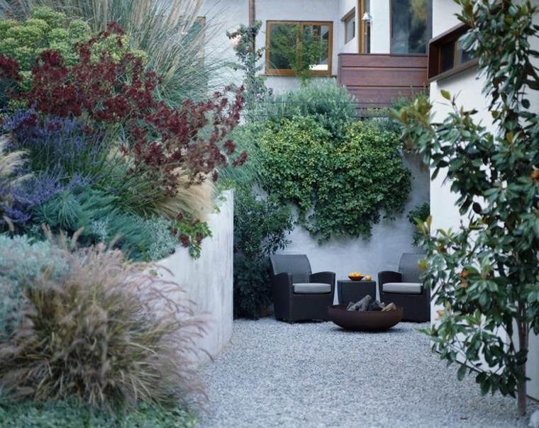 escapadas con encanto opciones jardin pequeno muebles rattan ideas