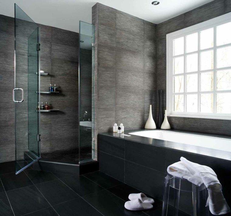 estupendo baño color gris