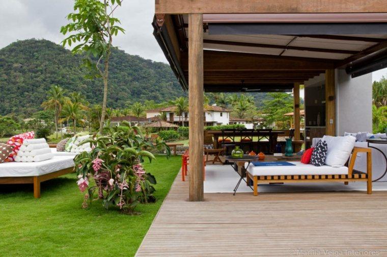 estupendo porche moderno madera natural