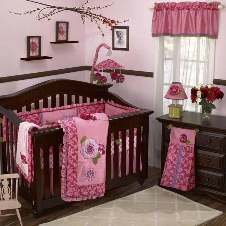 habitacion bebe niña condiciones detalles rosa ramas