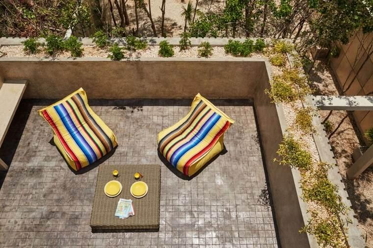 diseno mexico terraza sillones amarillos ideas