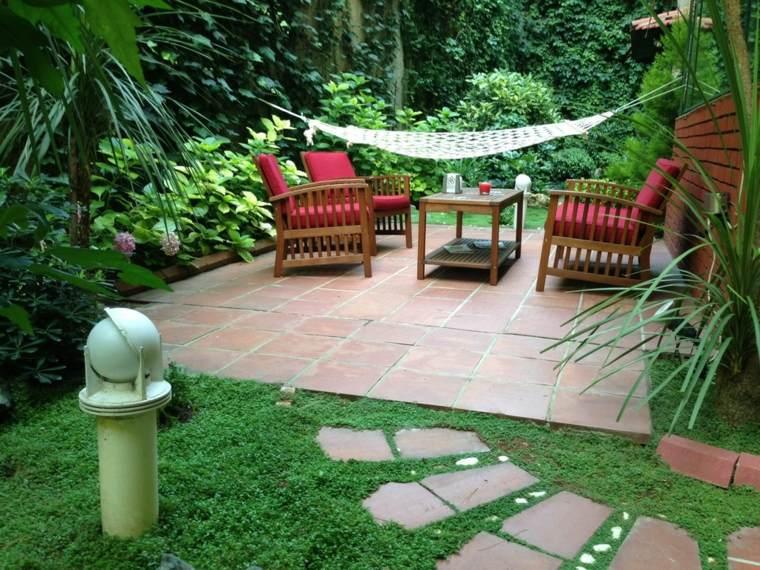 jardin pequeno diseno espacios soleado ideas