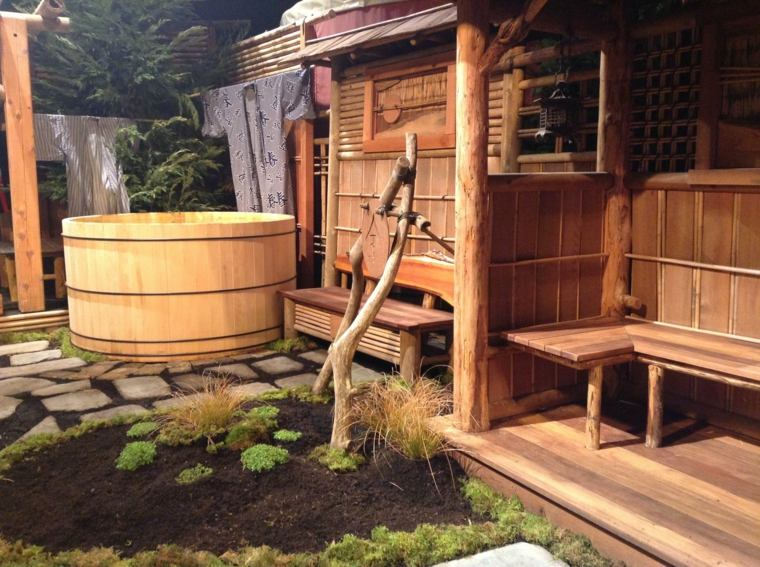 jardin pequeno diseno jacuzzi madera ideas