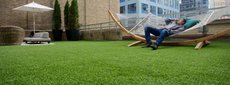jardin terraza césped artificial