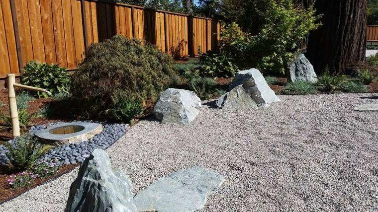 Jardin zen 50 opciones de relax al aire libre for Decoracion jardin grava
