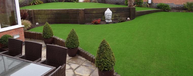Decoracion de jardines con cesped artificial 50 ideas for Jardines con gravilla de colores