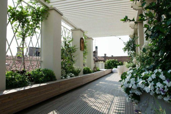jardines diseño mediterraneo suelos blanco