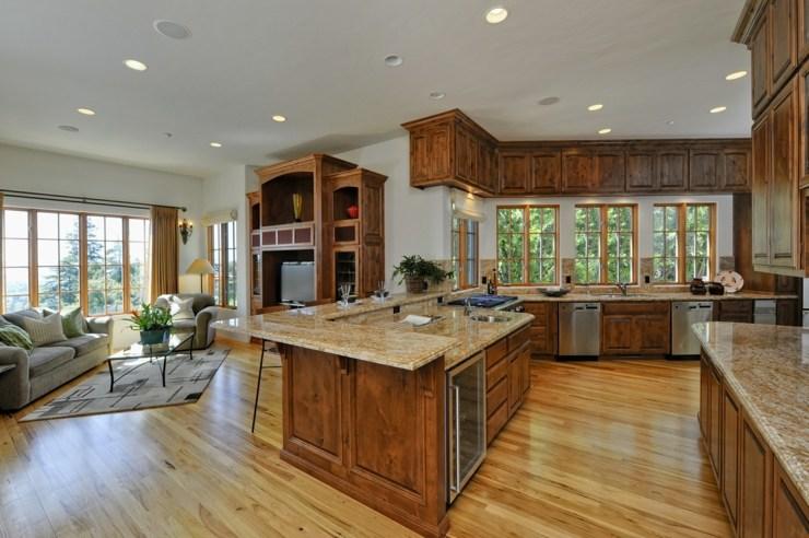Fotos de cocinas americanas dise os para aprovechar el - Casas americanas interior ...
