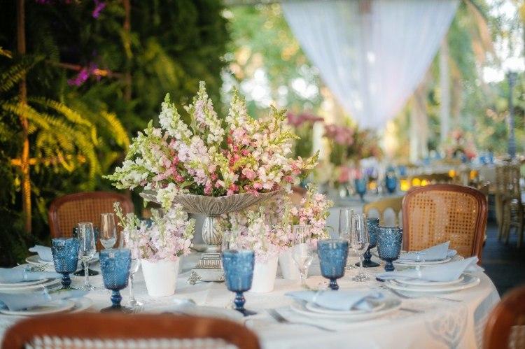 mesa boda copas azules
