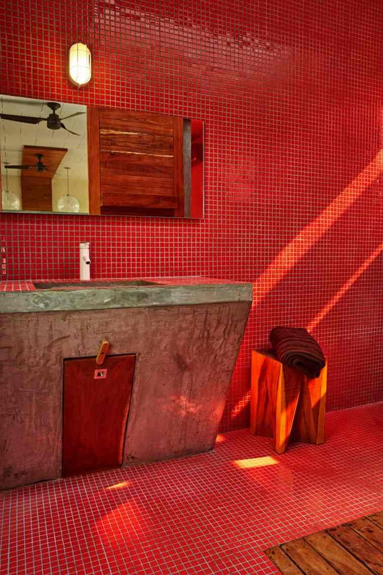 mexico casa diseno bano rojo mosaico ideas