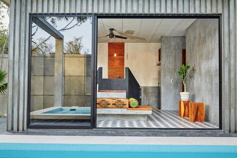 mexico-casa-diseno-puertas-cristales-jardin