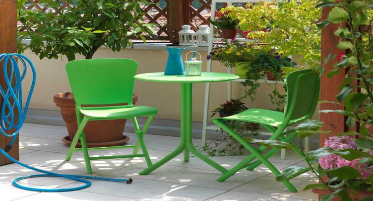 muebles balcón color verde