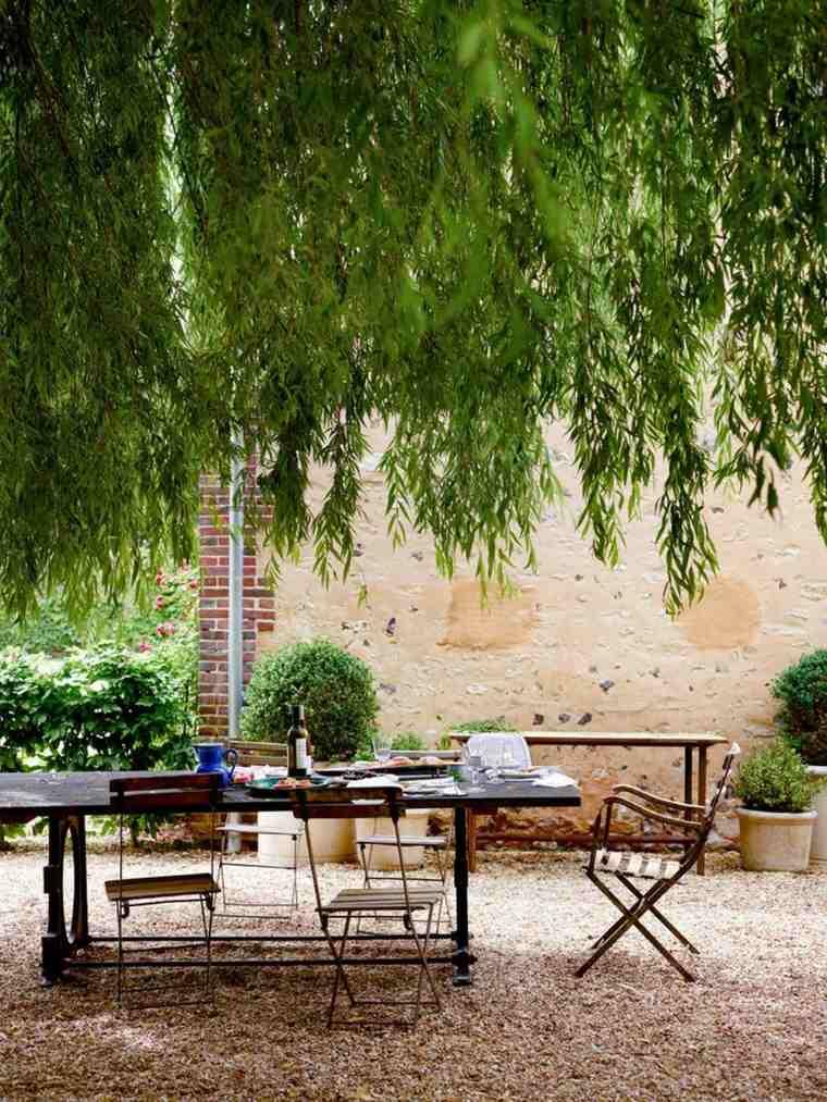 opciones muebles jardin originales bajo arbol ideas