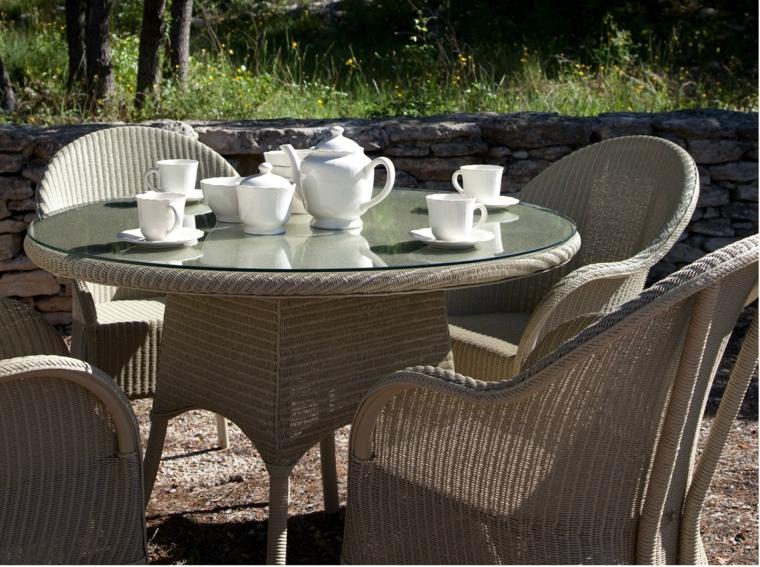 opciones muebles jardin originales mesa redonda cristal ideas