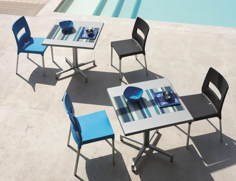 opciones muebles jardin originales sillas plastico azul negro ideas